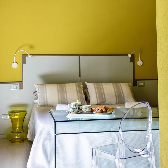 Yellow room - Lucca Tuscany